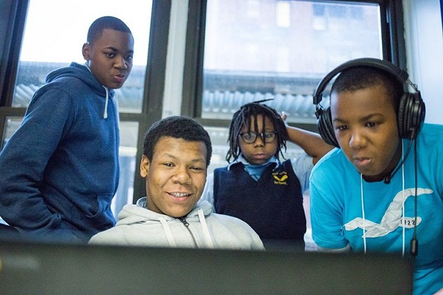 Google opens a Computer Science Lab in Oakland, Code Next for Blacks and Latinos in U.S.